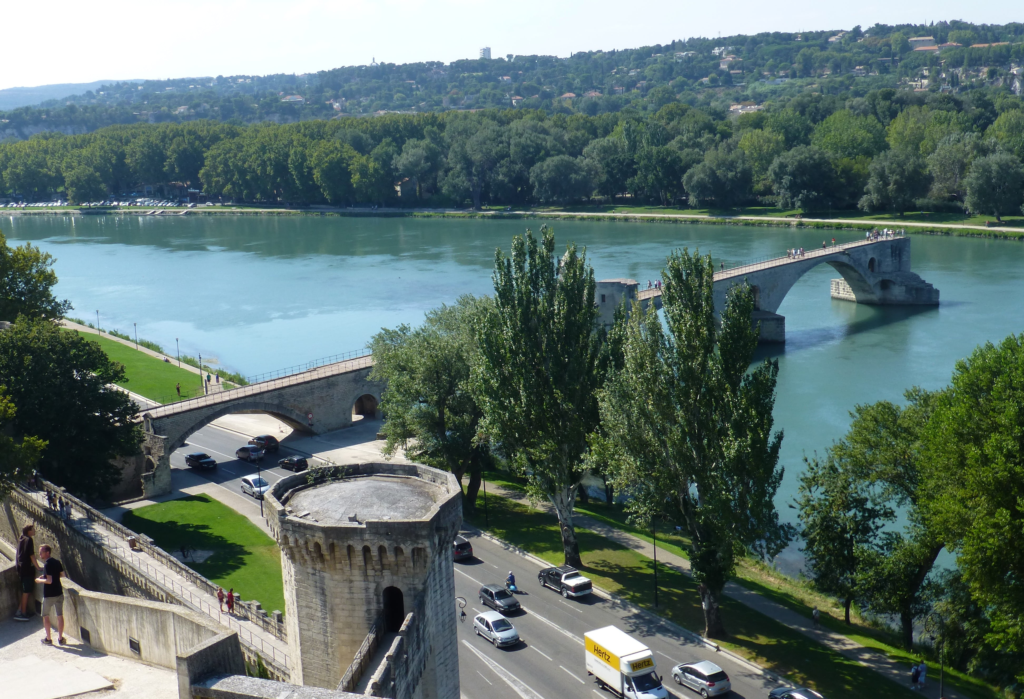 Un puente que no lleva a ningún sitio: el puente de Aviñón (Avignon)