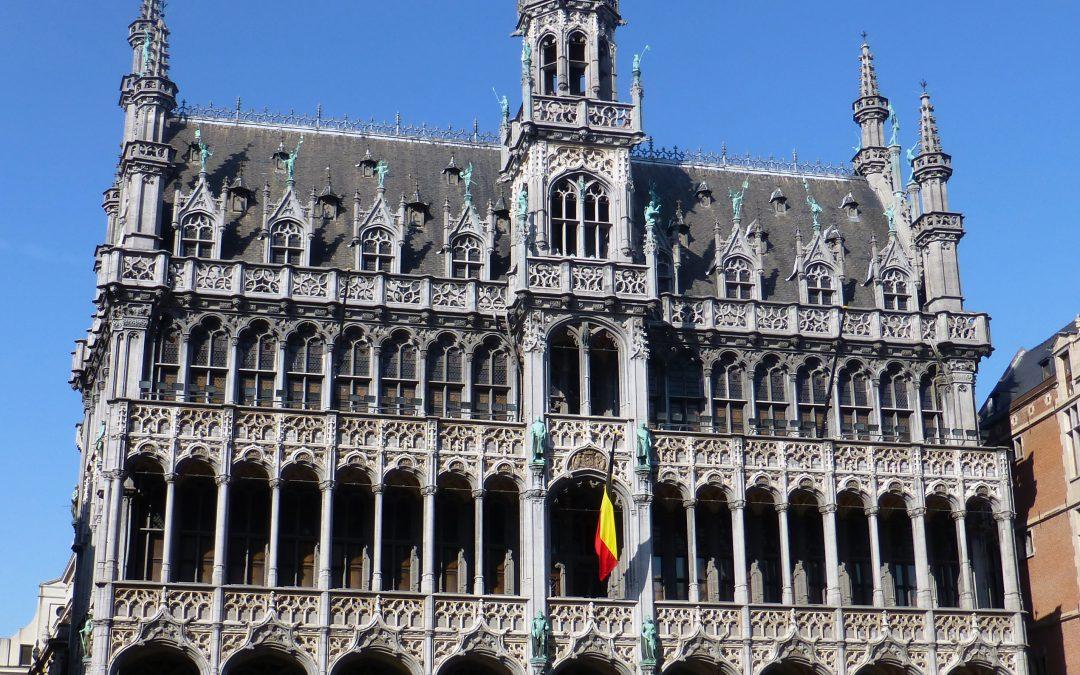 La Plaza que resurgió de sus cenizas – La Grand Place de Bruselas