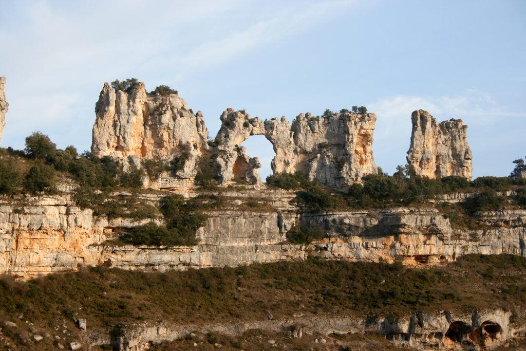El Castillo en Orbaneja del Castillo - ruta por el cañón del Alto Ebro en Burgos