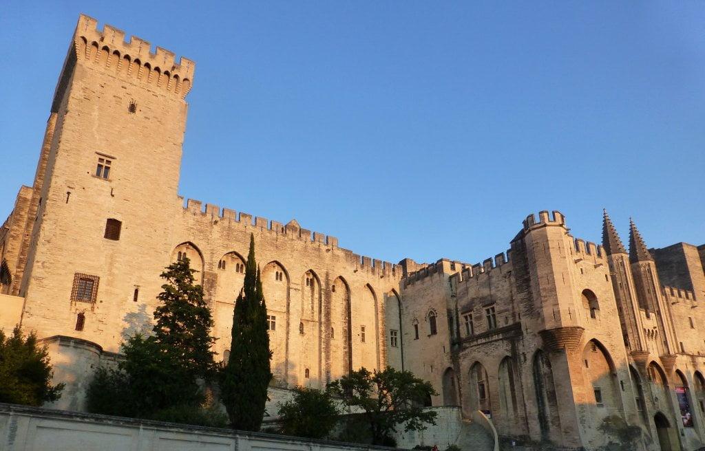 Torre del Palacio Papal - Palacio de los Papas de Avignon