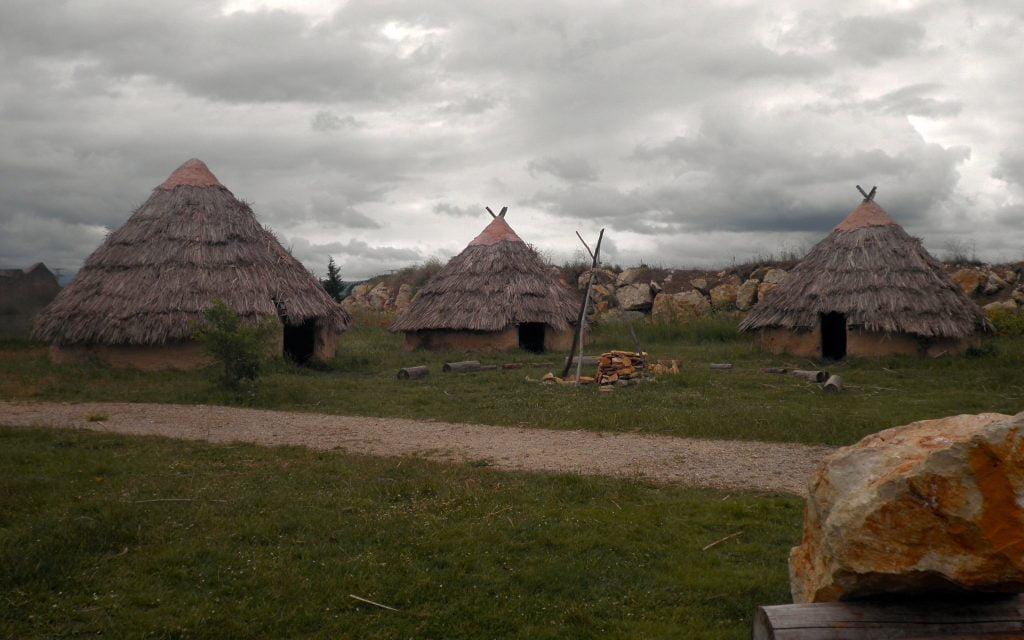 Centro de Arqueología Experimental (CAREX) - visitar Atapuerca