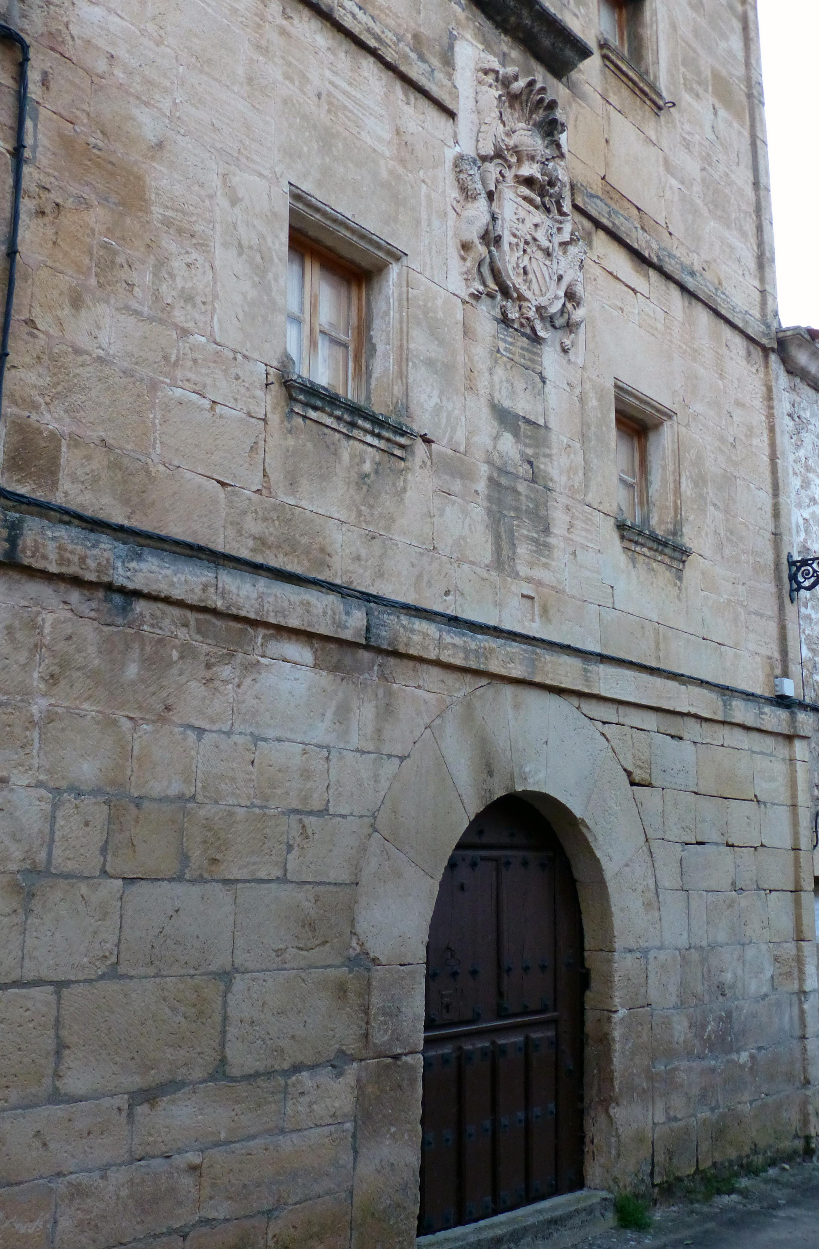 Casona en Pesquera de Ebro