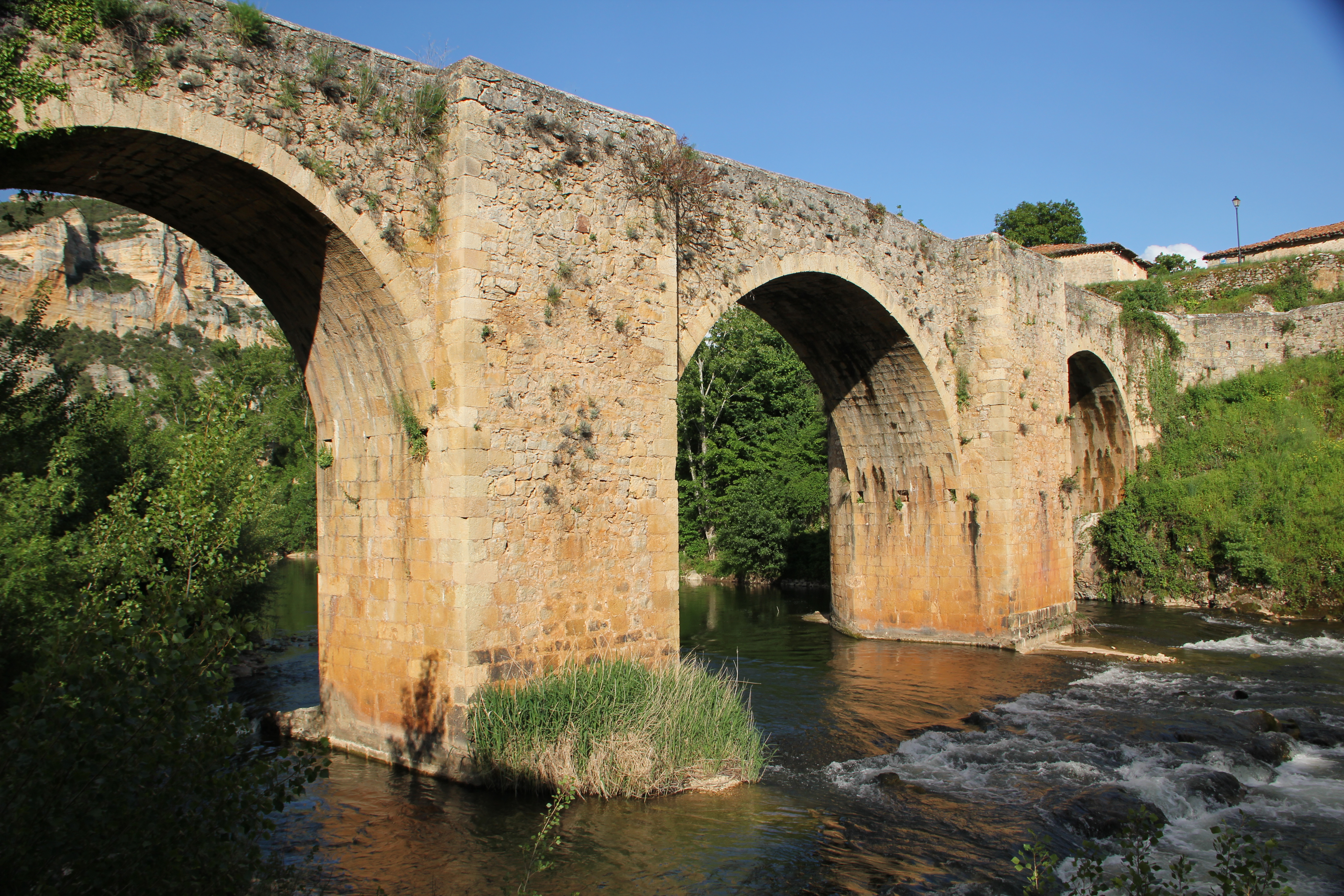 El puente de Pesquera de Ebro