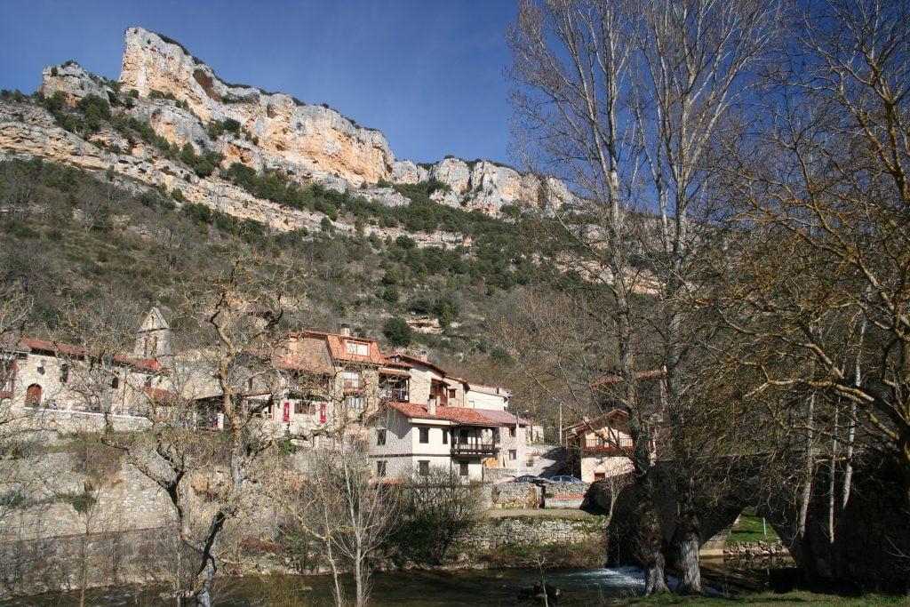 Valdelateja - ruta por el cañón del Alto Ebro en Burgos