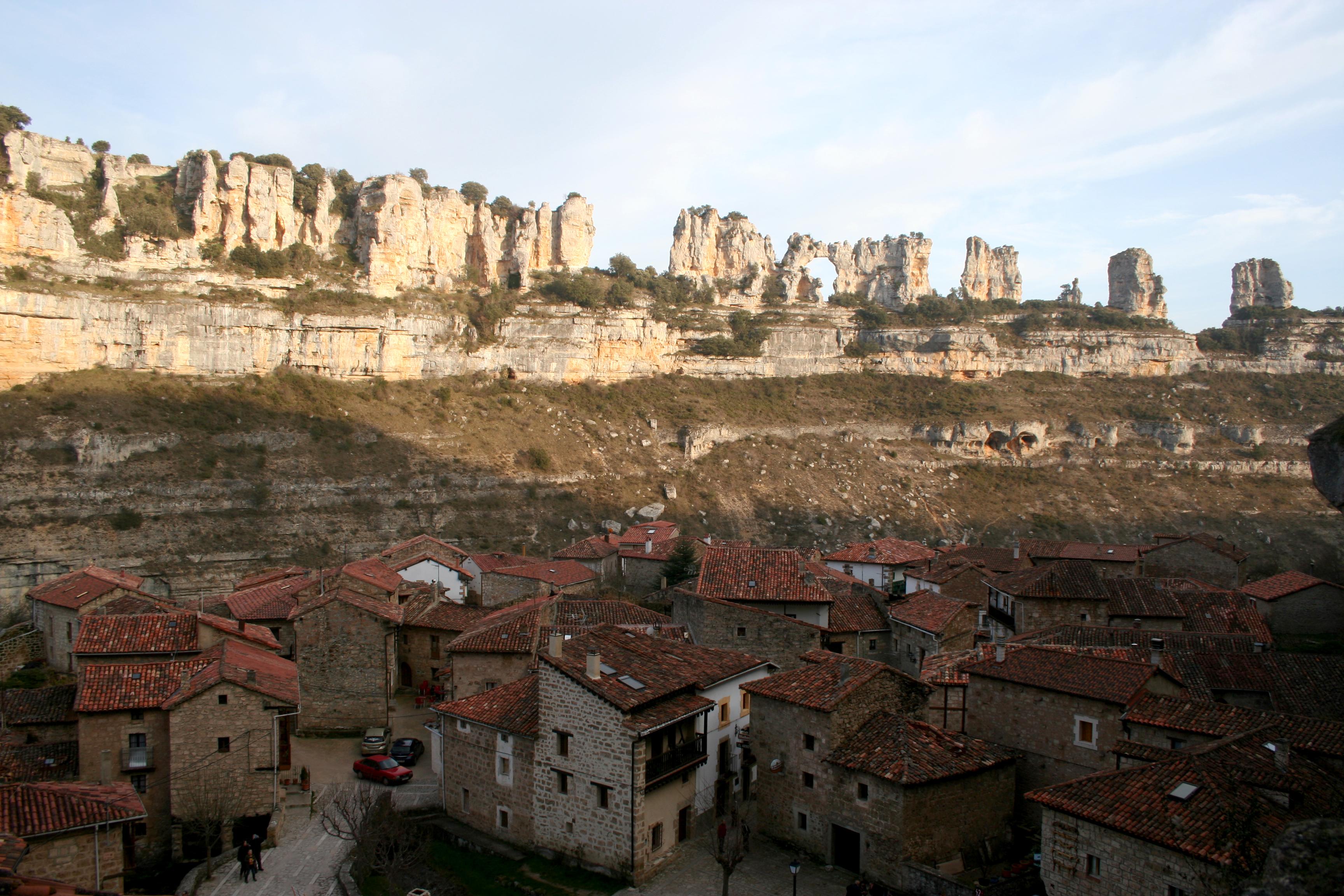 Vista de Orbaneja del Castillo
