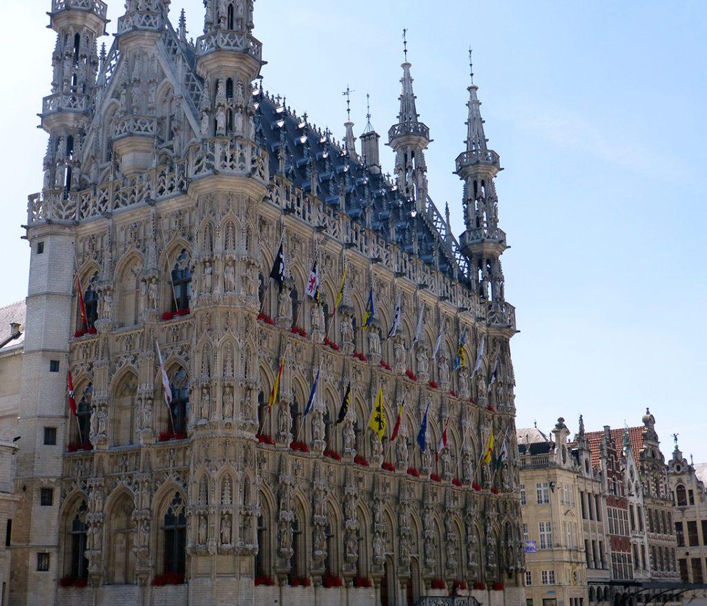 Ayuntamiento de Lovaina, la sorpresa de un viaje a Bélgica