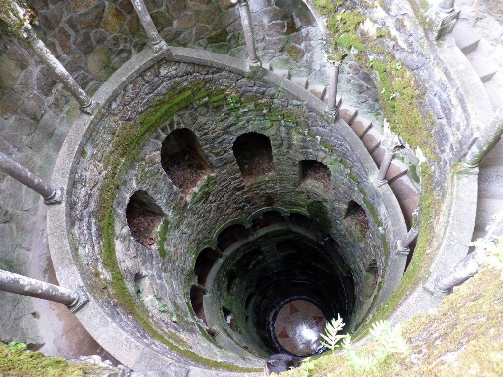 Pozo iniciático- visitar la Quinta da Regaleira