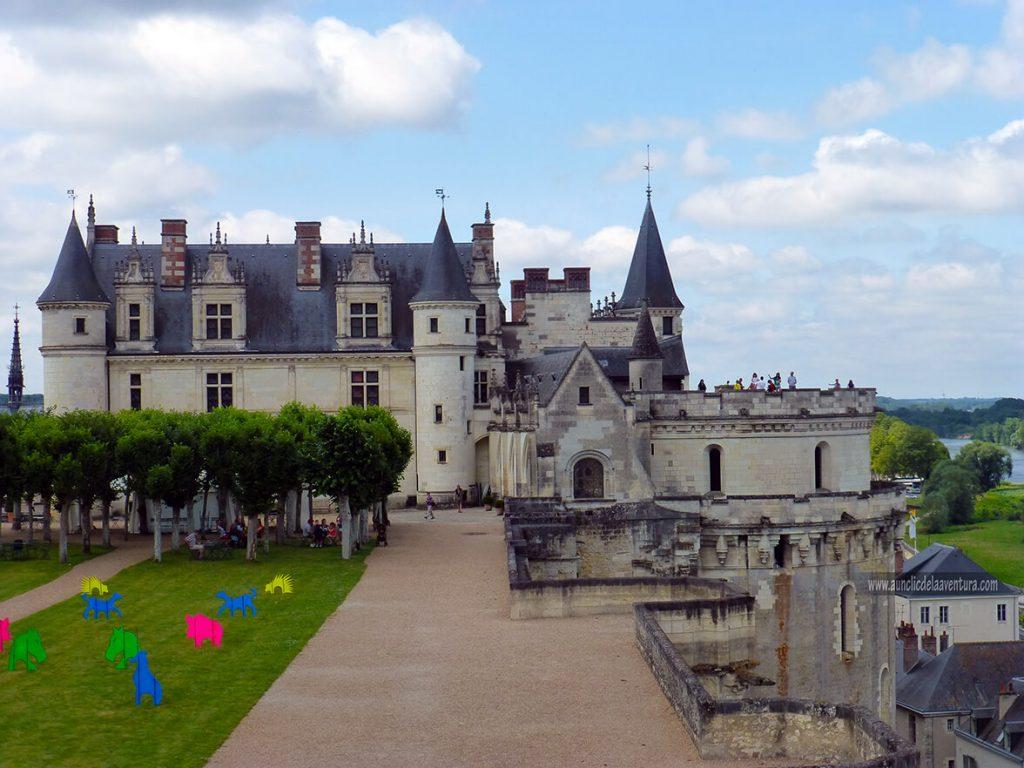 Vista del Castillo Real de Amboise desde los jardines