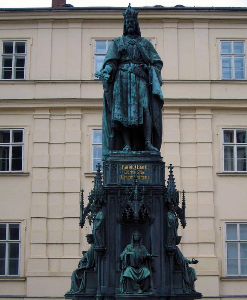 Monumento a Carlos IV - Qué ver en la Ciudad Vieja de Praga