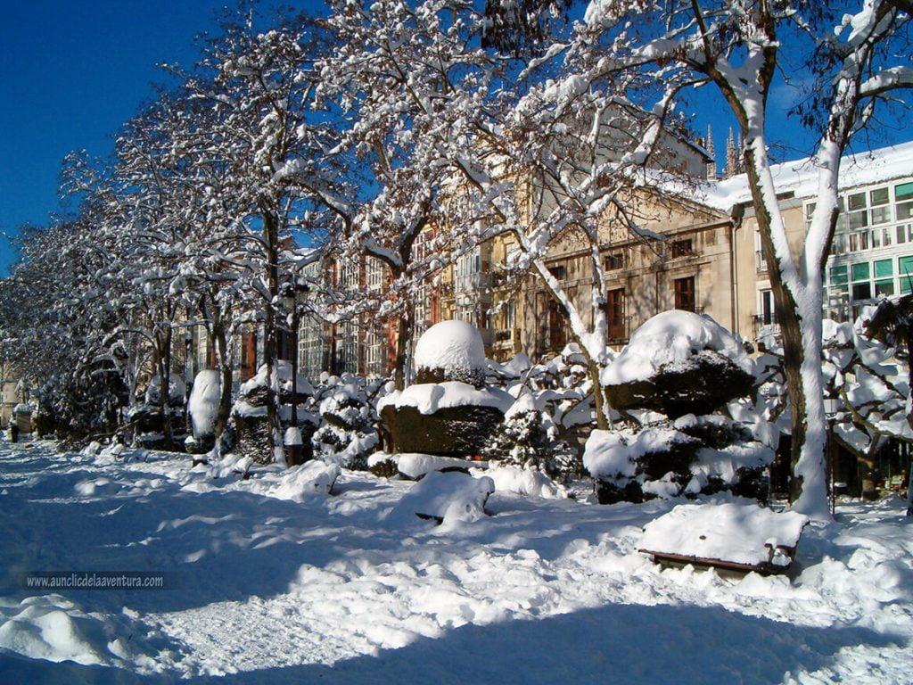 Paseo del Espolón nevado, nieve en Burgos