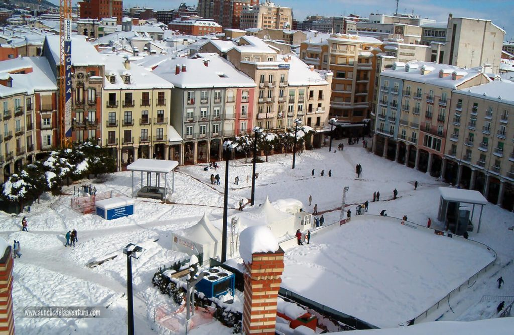 Plaza Mayor de Burgos nevada