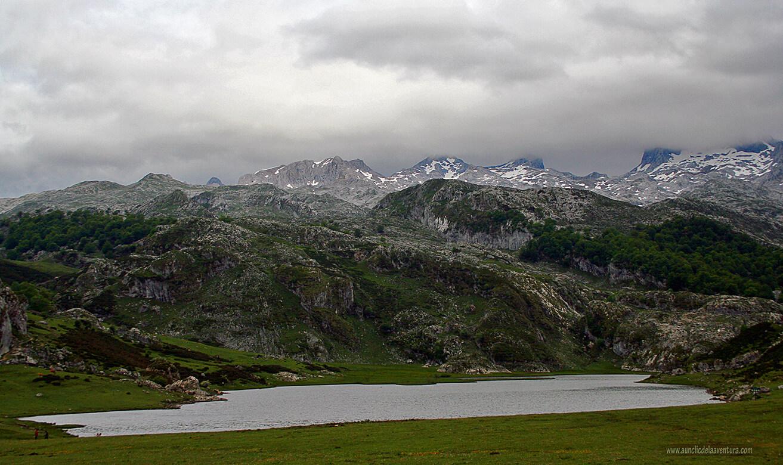Lago Ercina, uno de los lagos de montaña de Covadonga