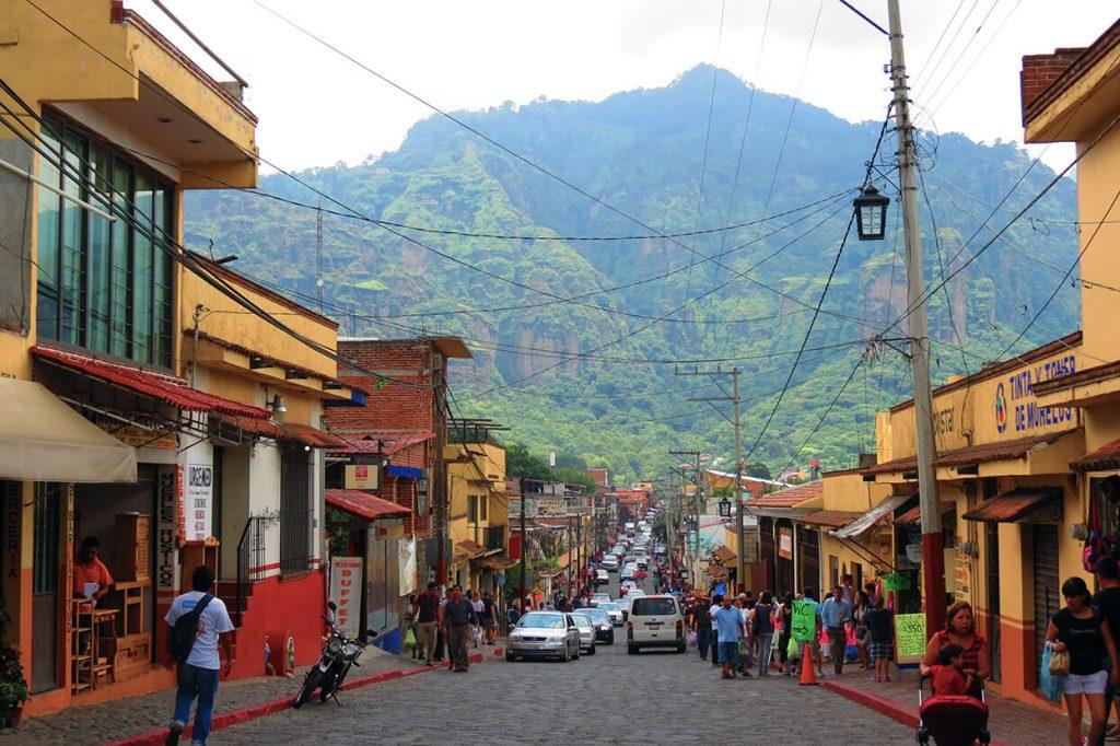 Calle principal de Tepoztlán - pueblos mágicos de México