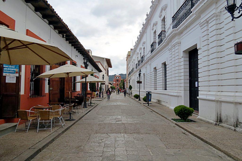 Callejuela San Cristóbal de las Casas - pueblos mágicos de México