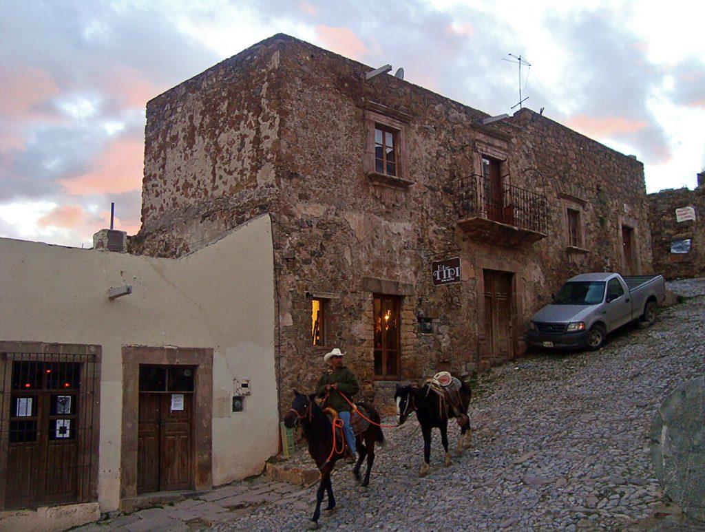 Calles empedradas de Real de Catorce- pueblos mágicos de México