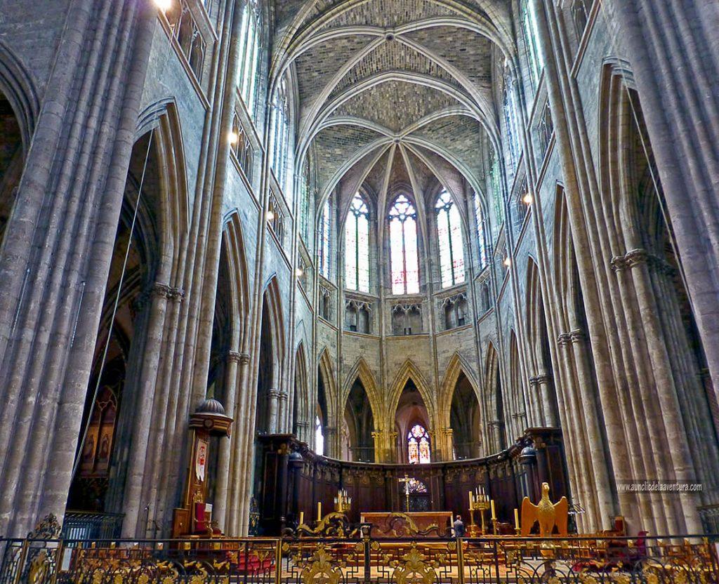 Interior de la Catedral de Saint-André - que ver en Burdeos