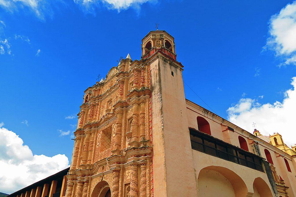 Colorido en San Cristóbal de las Casas - pueblos mágicos de México