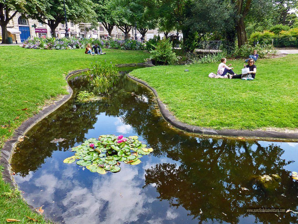 Jardín de la Plaza Gambetta - que ver en Burdeos
