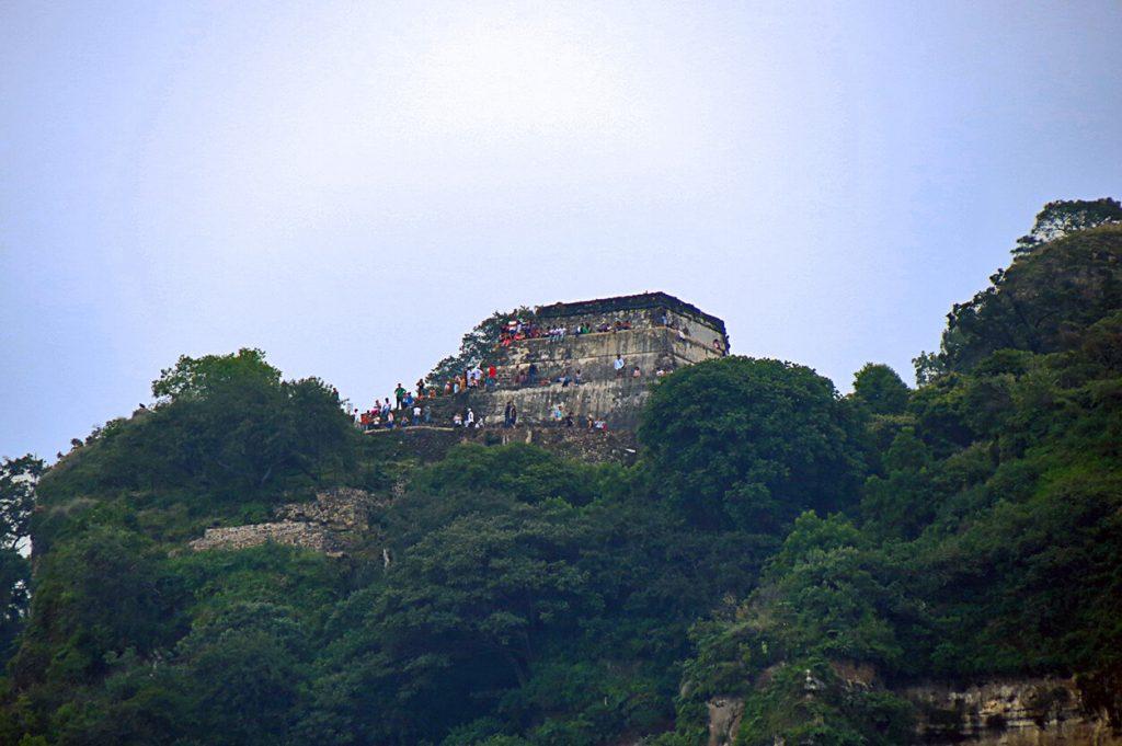Pirámide Cerro del Tepozteco - pueblos mágicos de México