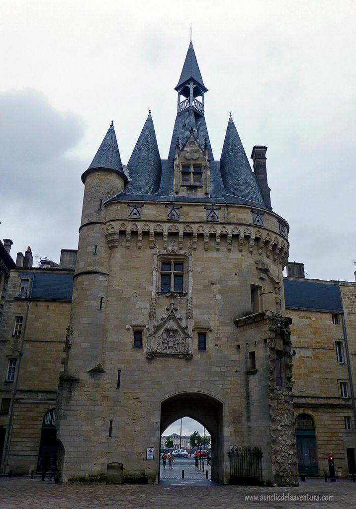 Porte Cailhau de Burdeos - que ver en Burdeos