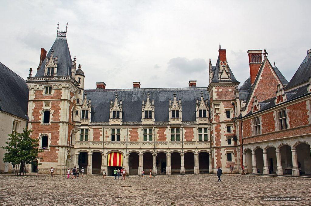 Château Royal de Blois, ruta de los Castillos del Loira en coche