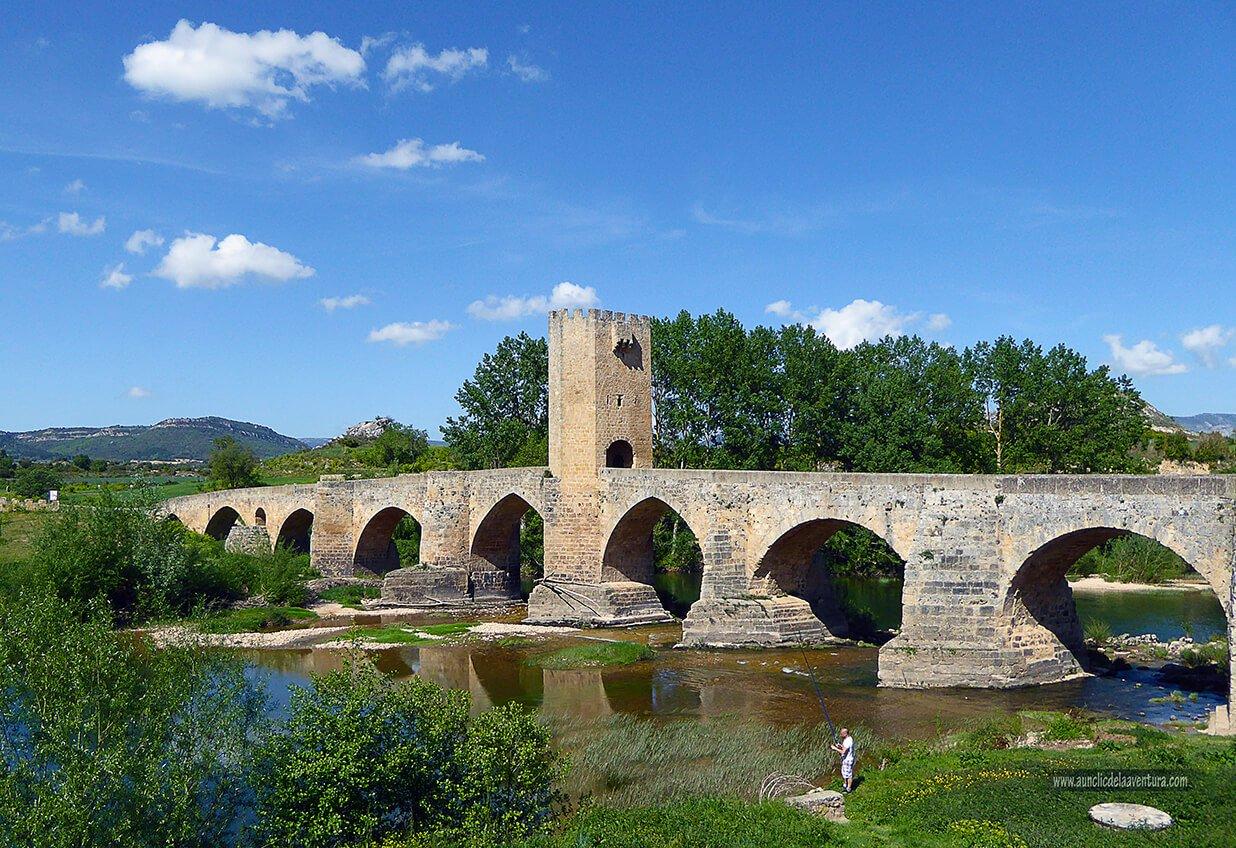Puente sobre el río Ebro en Frías