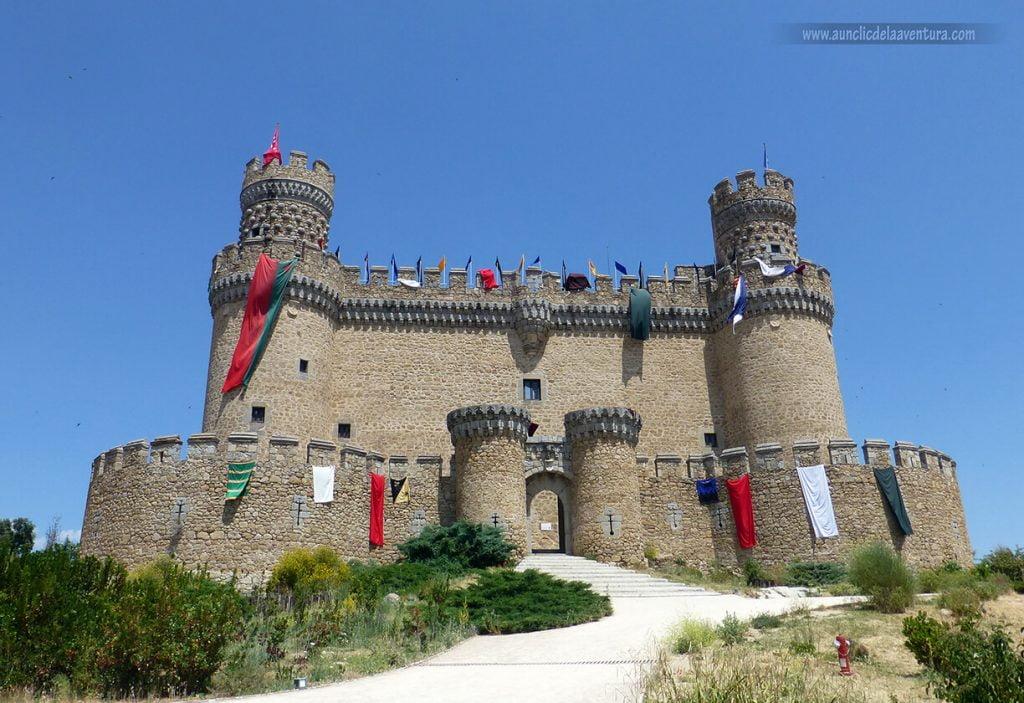 Castillo de los Mendoza en Manzanares el Real - excursiones a menos de una hora de Madrid