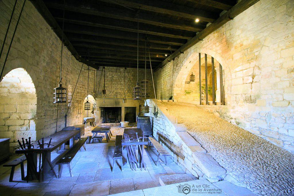 Cocina del Castillo de Beynac- visitarCastelnaud y Beynac-et-Cazenac