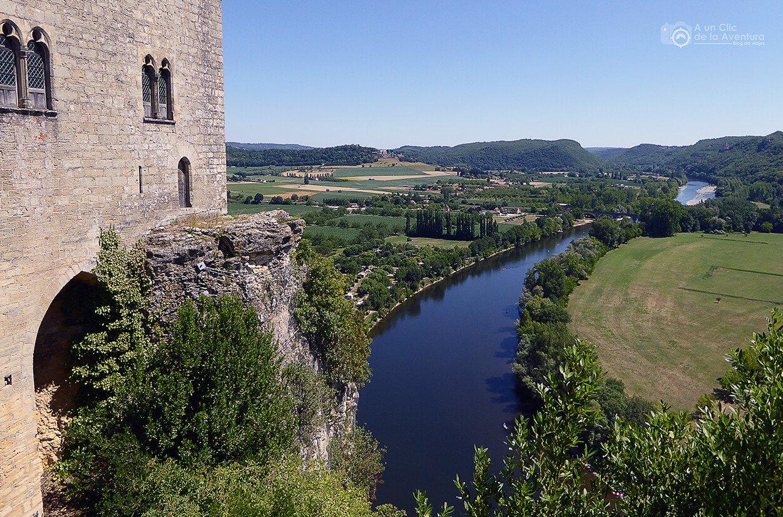 Castelnaud y Beynac-et-Cazenac, dos castillos enfrentados en el Perigord