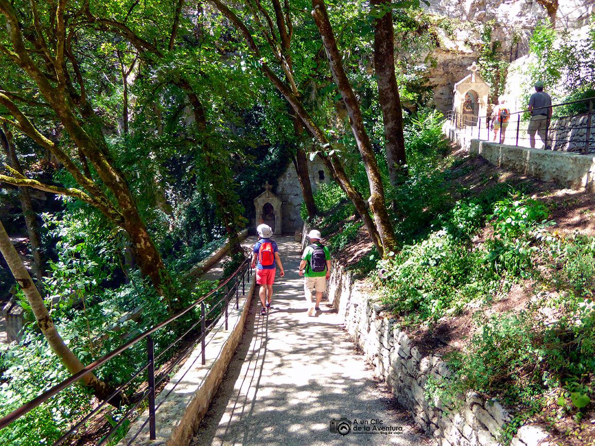 Camino de la Cruz - Qué visitar en Rocamadour