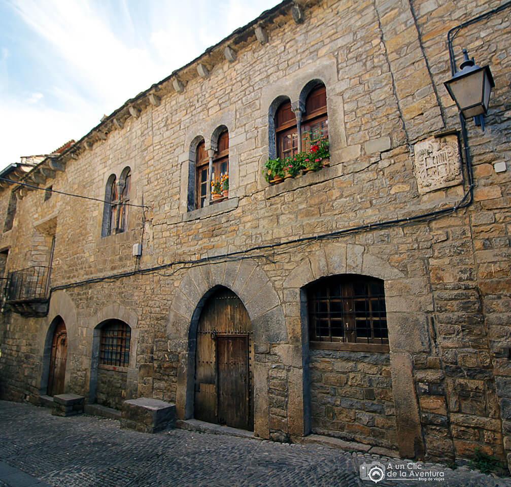 Casa Bielsa en la Calle Mayor de Aínsa