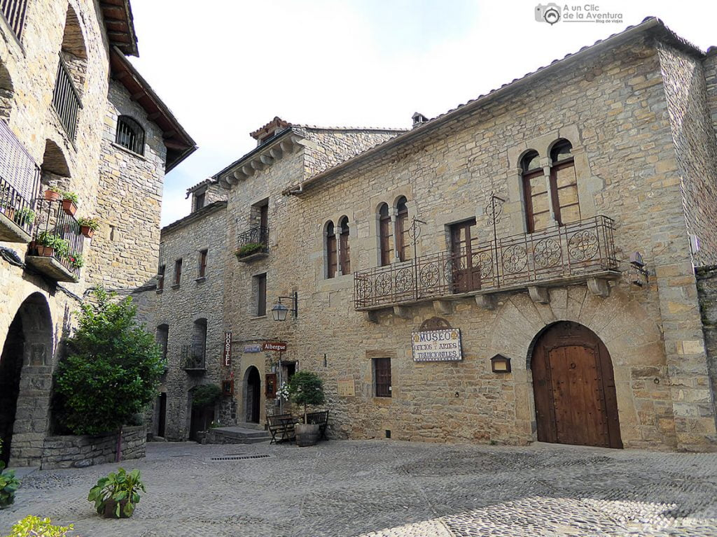 Casa Latorre en la que se encuentra el Museo de Oficios y Artes Tradicionales