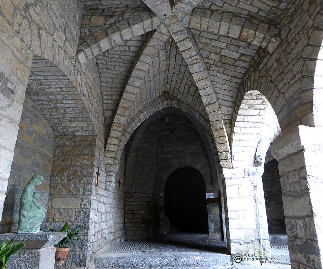 Claustro de la Iglesia de Santa María