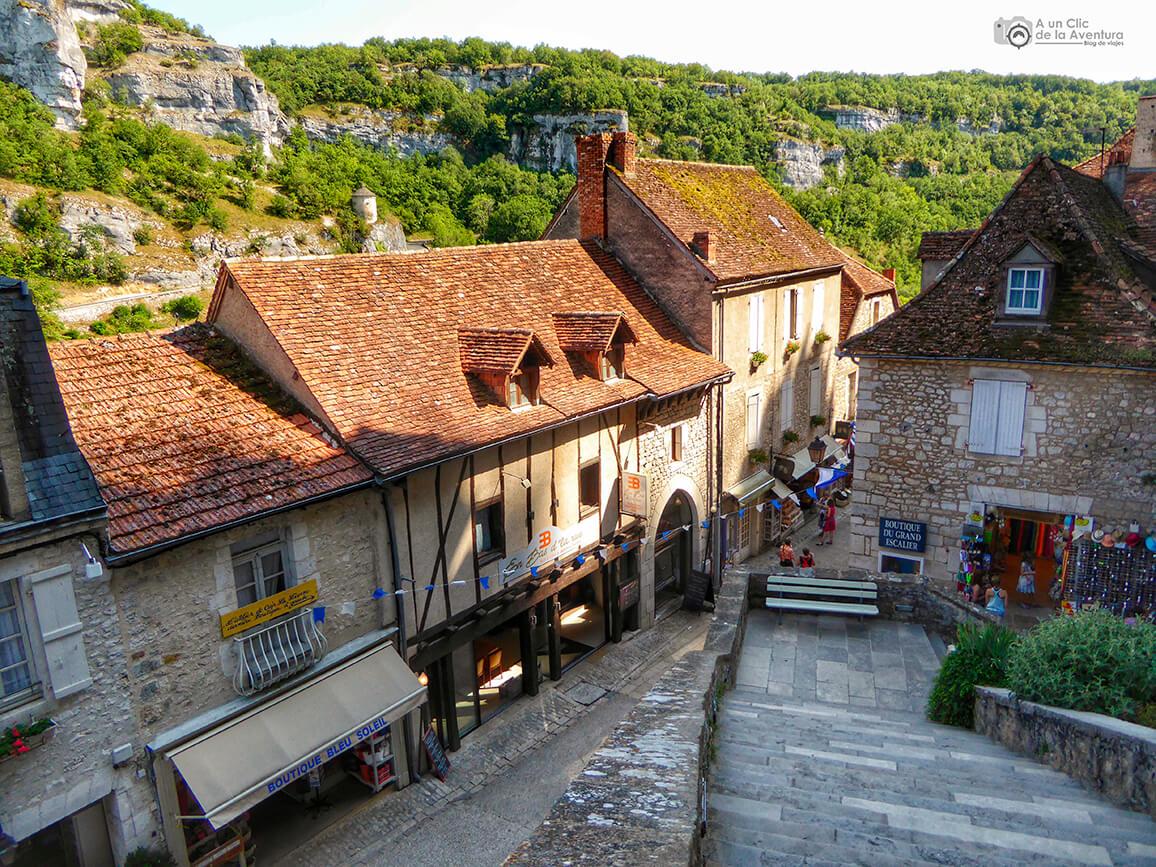 Bajando la Gran Escalera - Qué visitar en Rocamadour