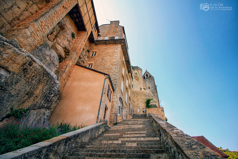 La Gran Escalera que lleva al Santuario - Qué visitar en Rocamadour