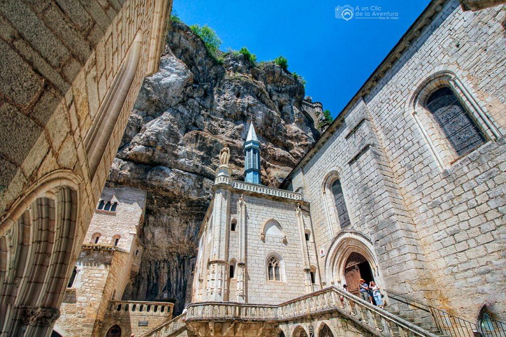 Exterior de la Capilla de la Virgen Negra - Qué visitar en Rocamadour