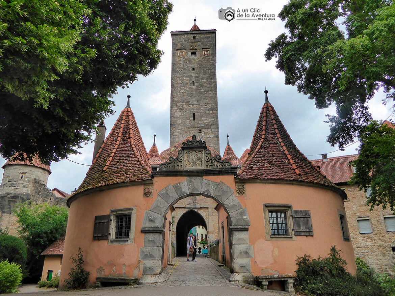 Burgtor o Puerta del Castillo - cómo visitar Rothenburg ob der Tauber