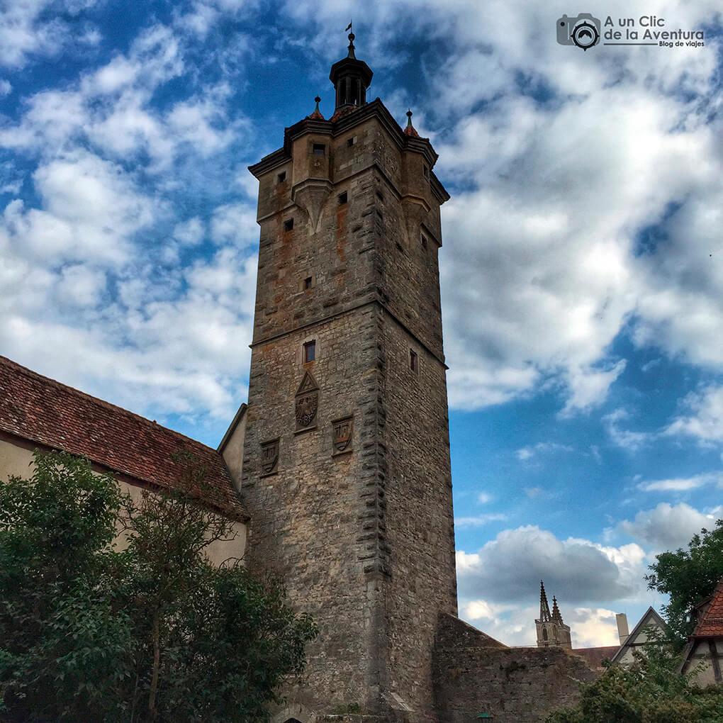 Vista posterior de la Torre de Klingen - cómo visitar Rothenburg ob der Tauber