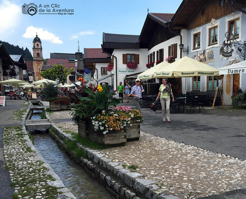 Obermarkt, calle principal de Mittenwald