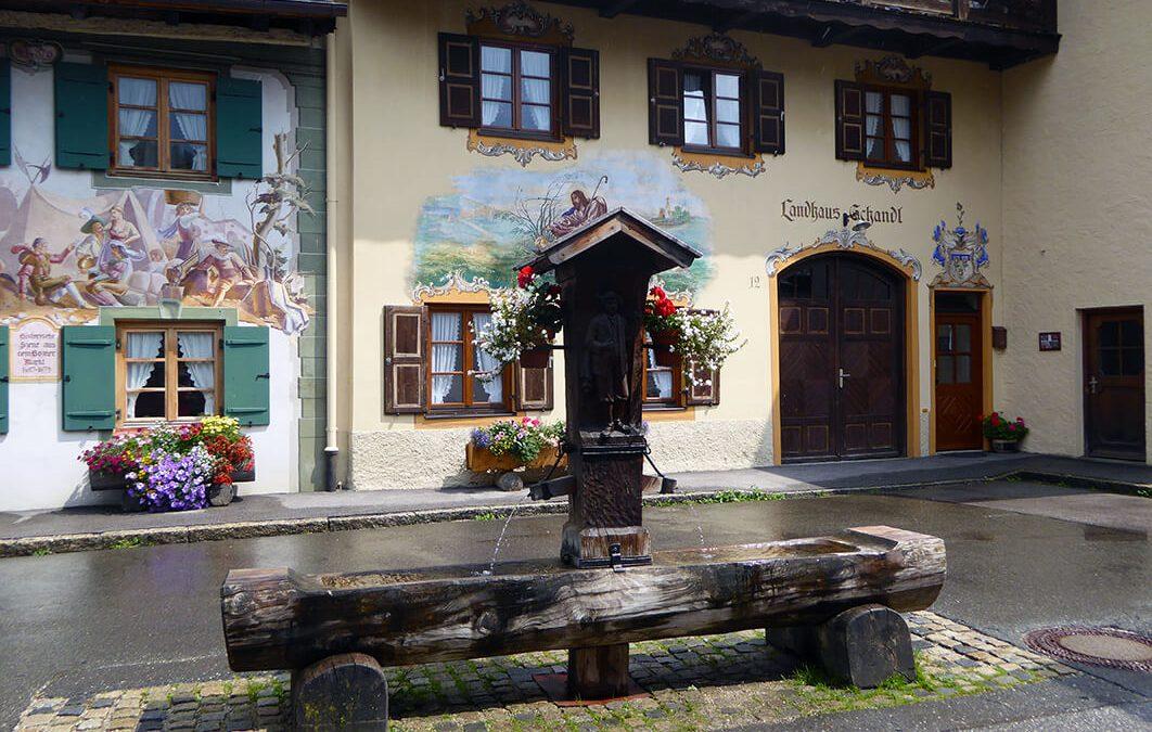 Mittenwald, el pueblo alemán de las casas ilustradas y los violines