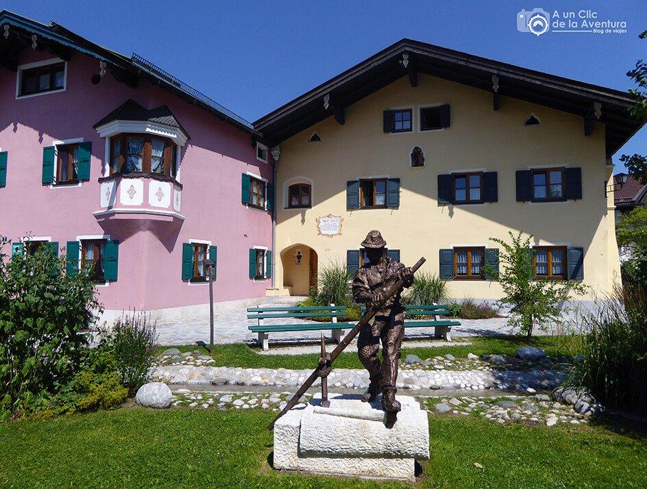 Monumento al balsero en Mittenwald