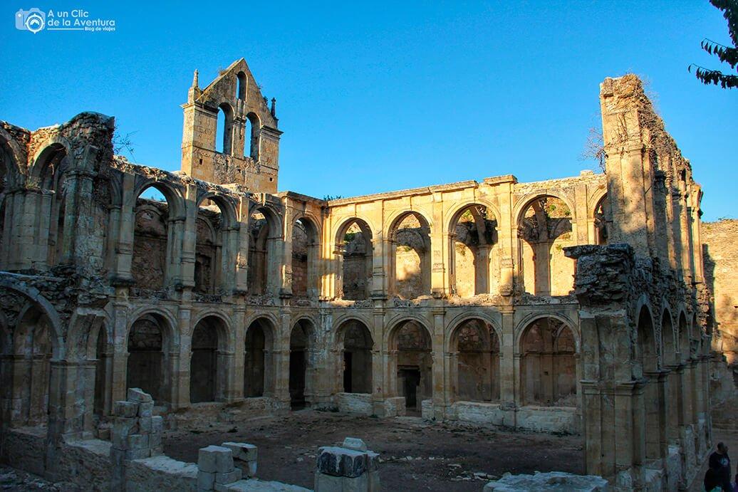 Ruinas del Monasterio de Santa Maria de Rioseco