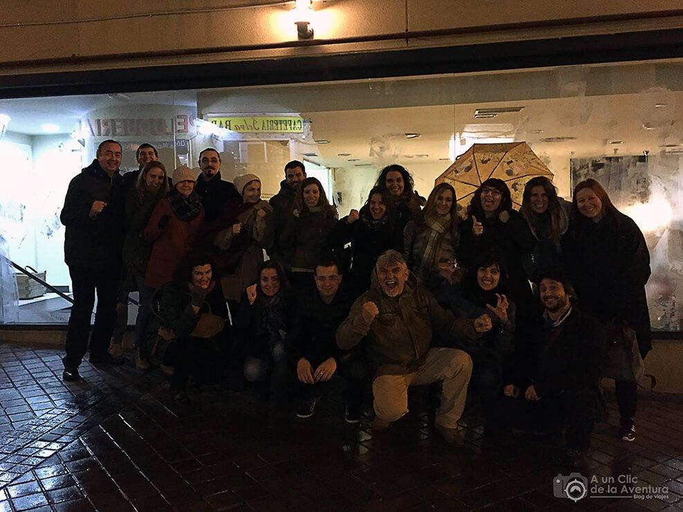 Grupo de bloggers después del tour Madrid sangriento