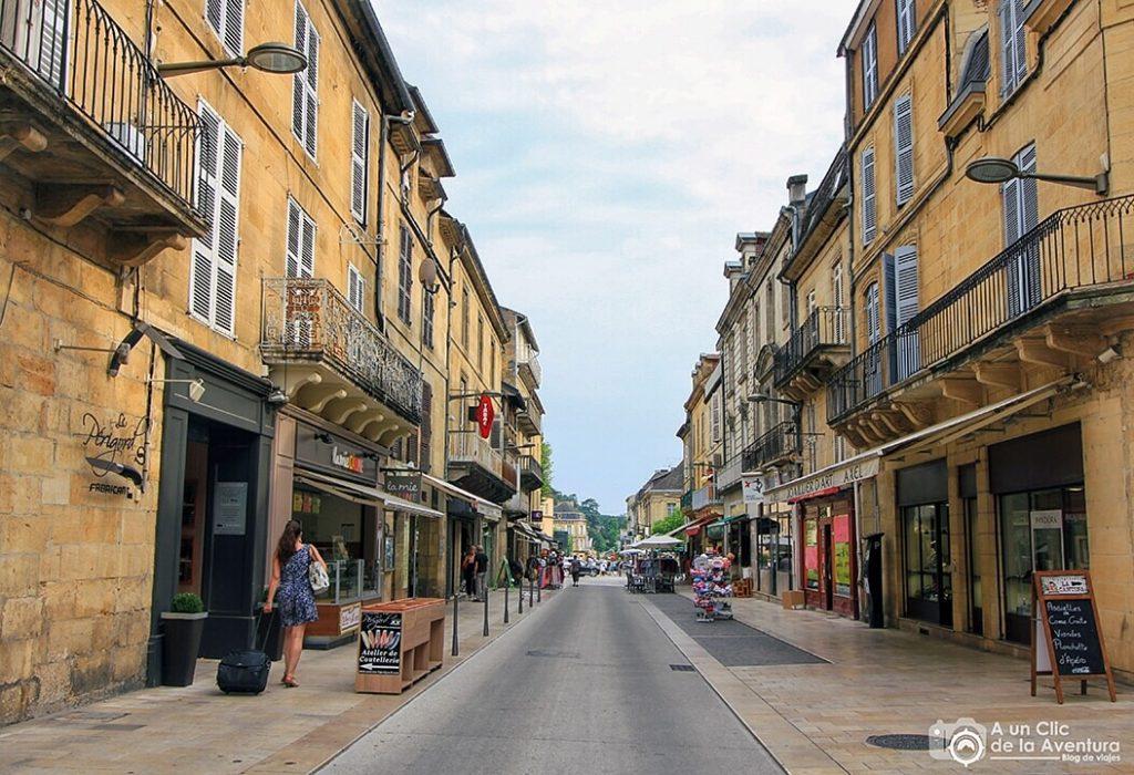 Rue de la Republique - Calle de la República en Sarlat