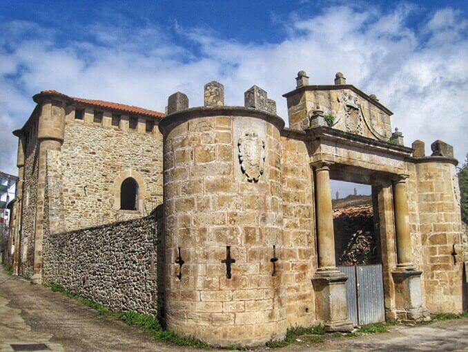Torre de los Monteros de Espinosa de los Monteros - qué ver en las Merindades de Burgos