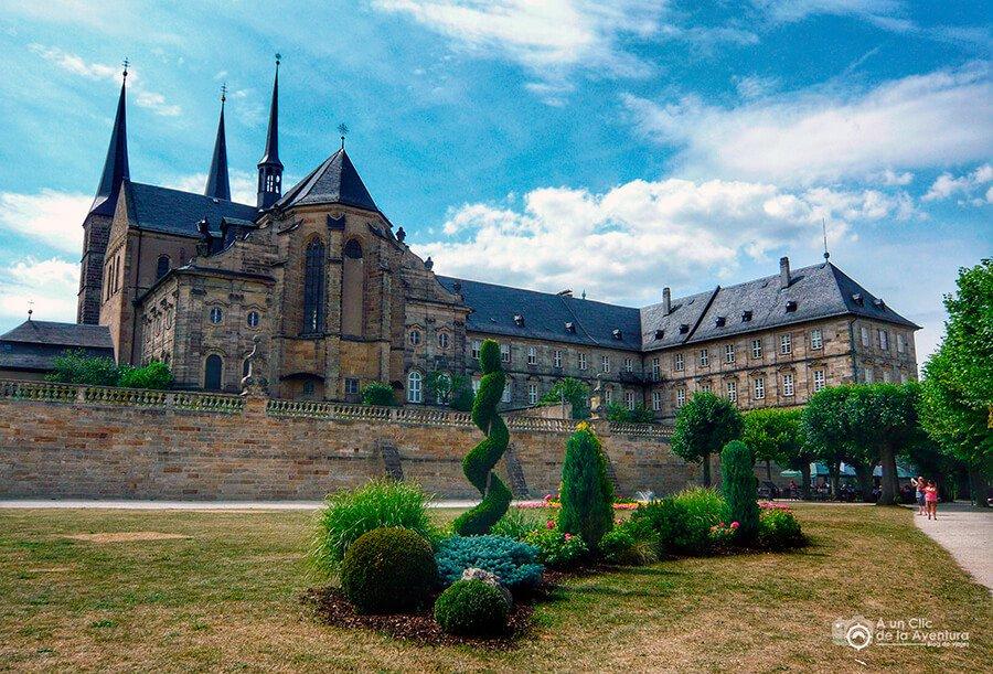 Fachada posterior del Monasterio de San Miguel