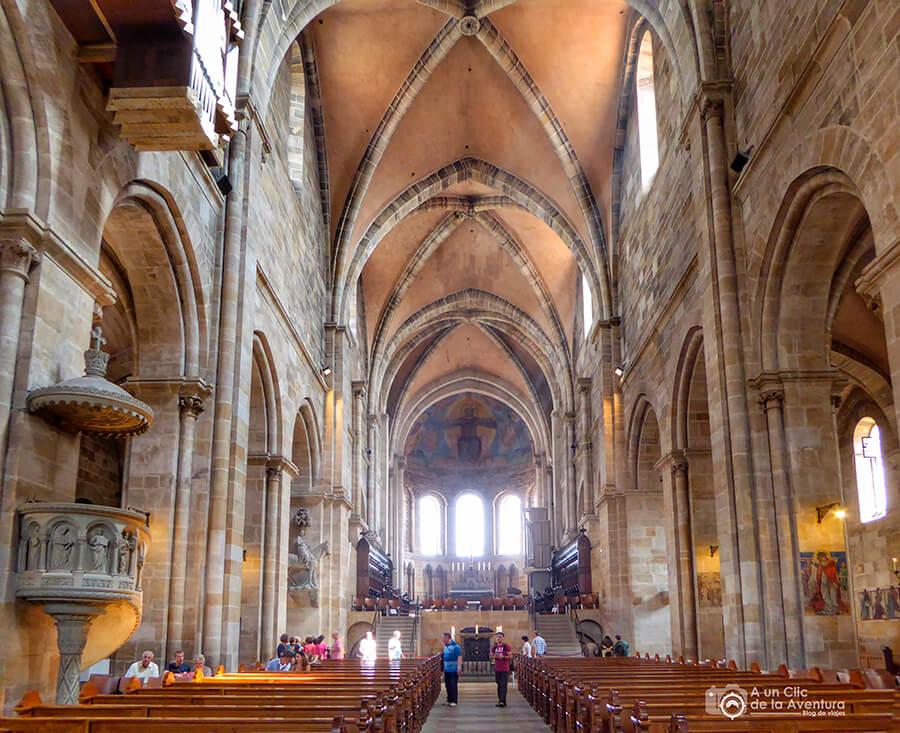 Interior de la catedral de Bamberg