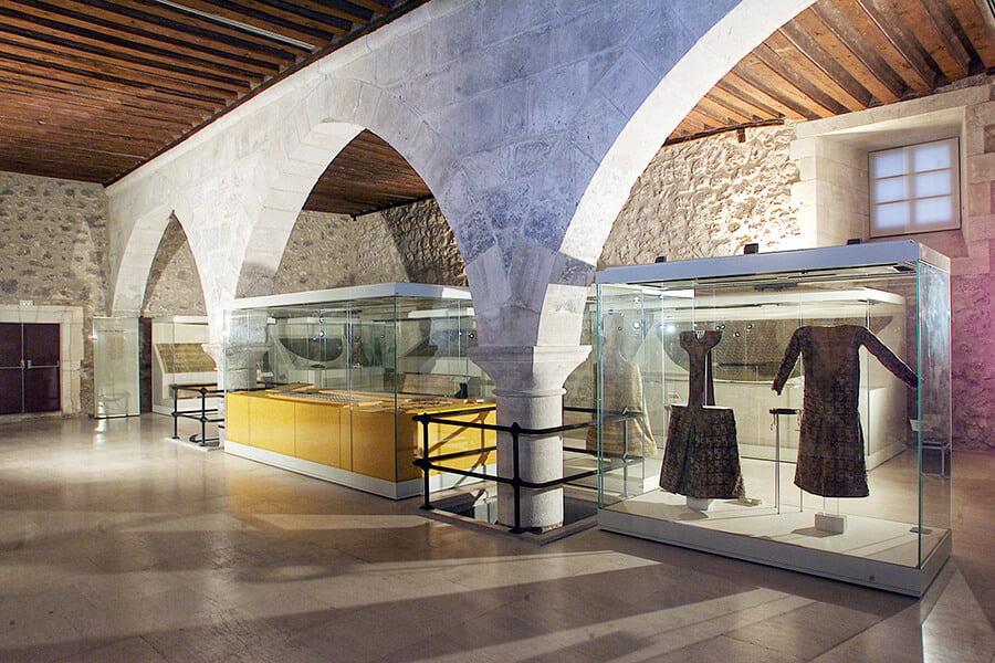 Museo de Telas Medievales del Monasterio de Las Huelgas (Copyright © Patrimonio Nacional) - rincones secretos de Burgos