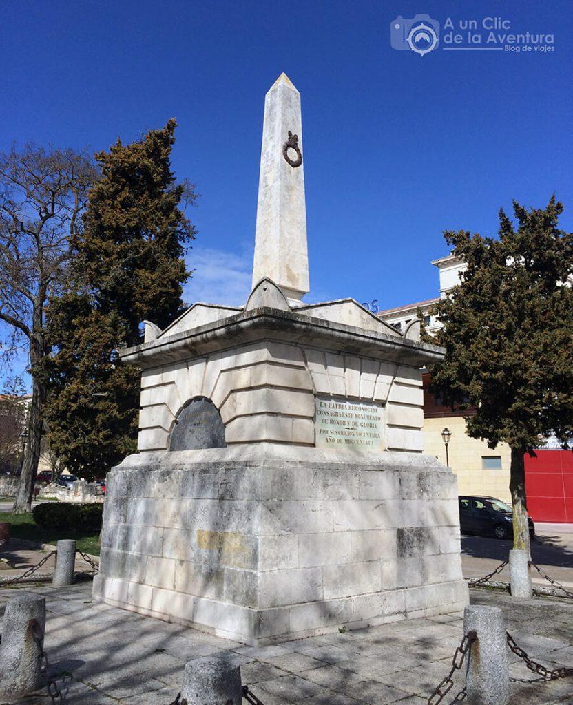 Tumba del Empecinado - rincones secretos de Burgos