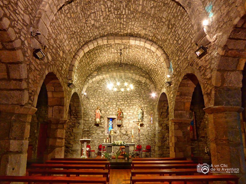 Interior de la Iglesia de San Esteban en Plan
